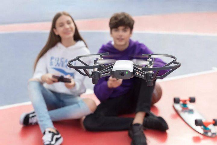 使用 DJI 飛行控制技術的無人機「特洛 Tello」 - 售價 99 美元